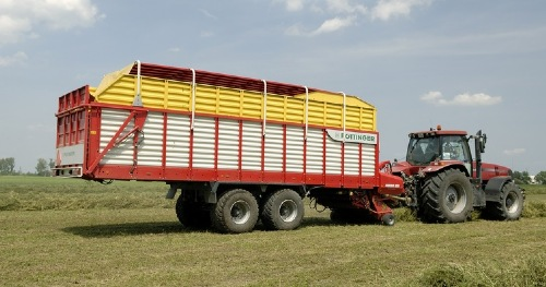 Slovakian farmer collects PÖTTINGER grassland machines