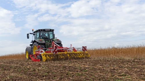 Successful cover crop incorporation and seedbed preparation