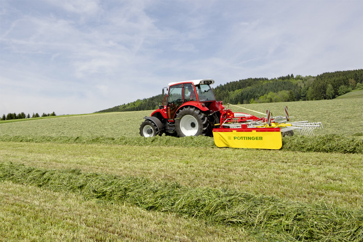 The new single-rotor rakes are on TOP