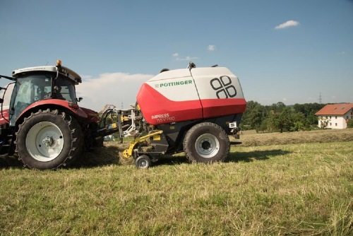 IMPRESS – Perfect Flow for harvesting hay