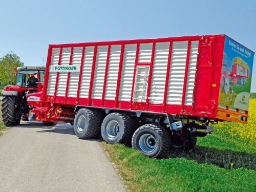 Awesome innovations for Pöttinger loader wagons