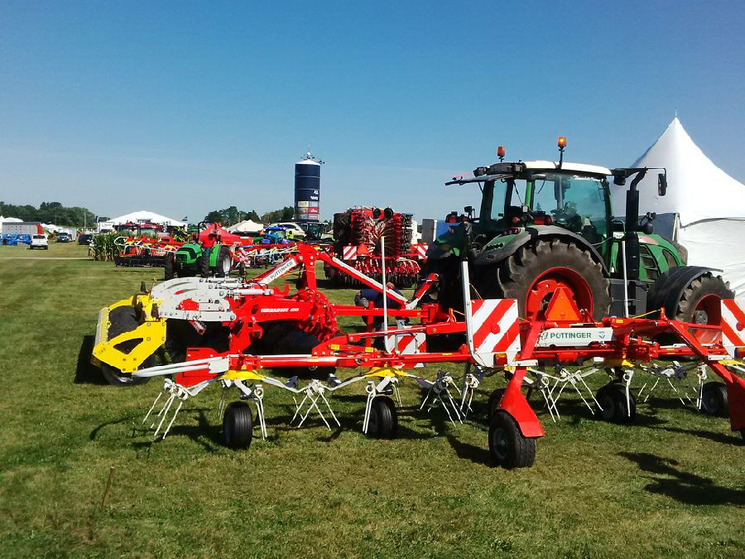Woodstock (ON) Canada  city pictures gallery : Poettinger Canada at Canada's Outdoor Farm Show, Woodstock, ON News ...