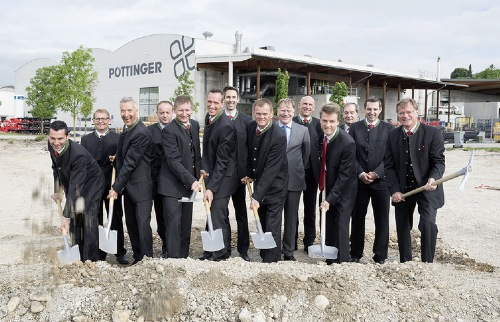 PÖTTINGER invests in the future for further growth