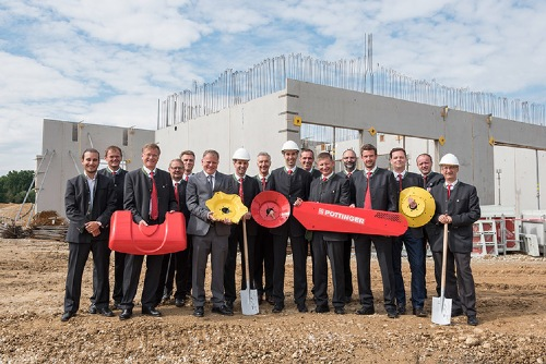 PÖTTINGER builds modern logistics centre for spare parts