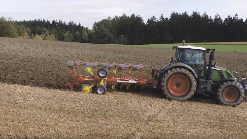 Ny video: SERVO 45 M plov