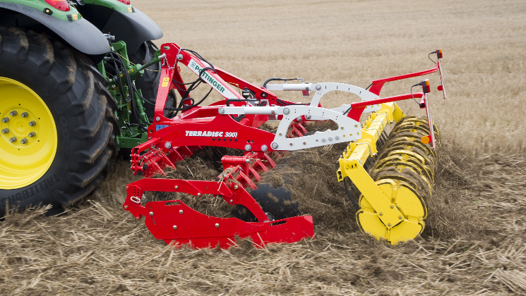 PÖTTINGER TERRADISC compact disc harrow